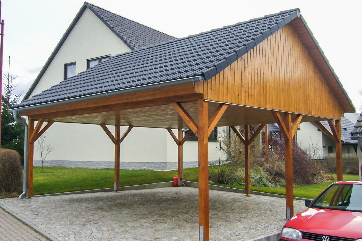 HO Carport mit Steildach